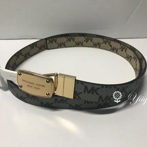 🌺 Michael Kors Signature Reversible Belt  🌺